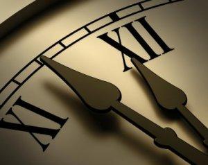 waktu tidak kenal kompromi