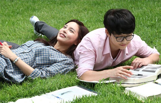 park-si-yeon-and-song-joong-ki (1)